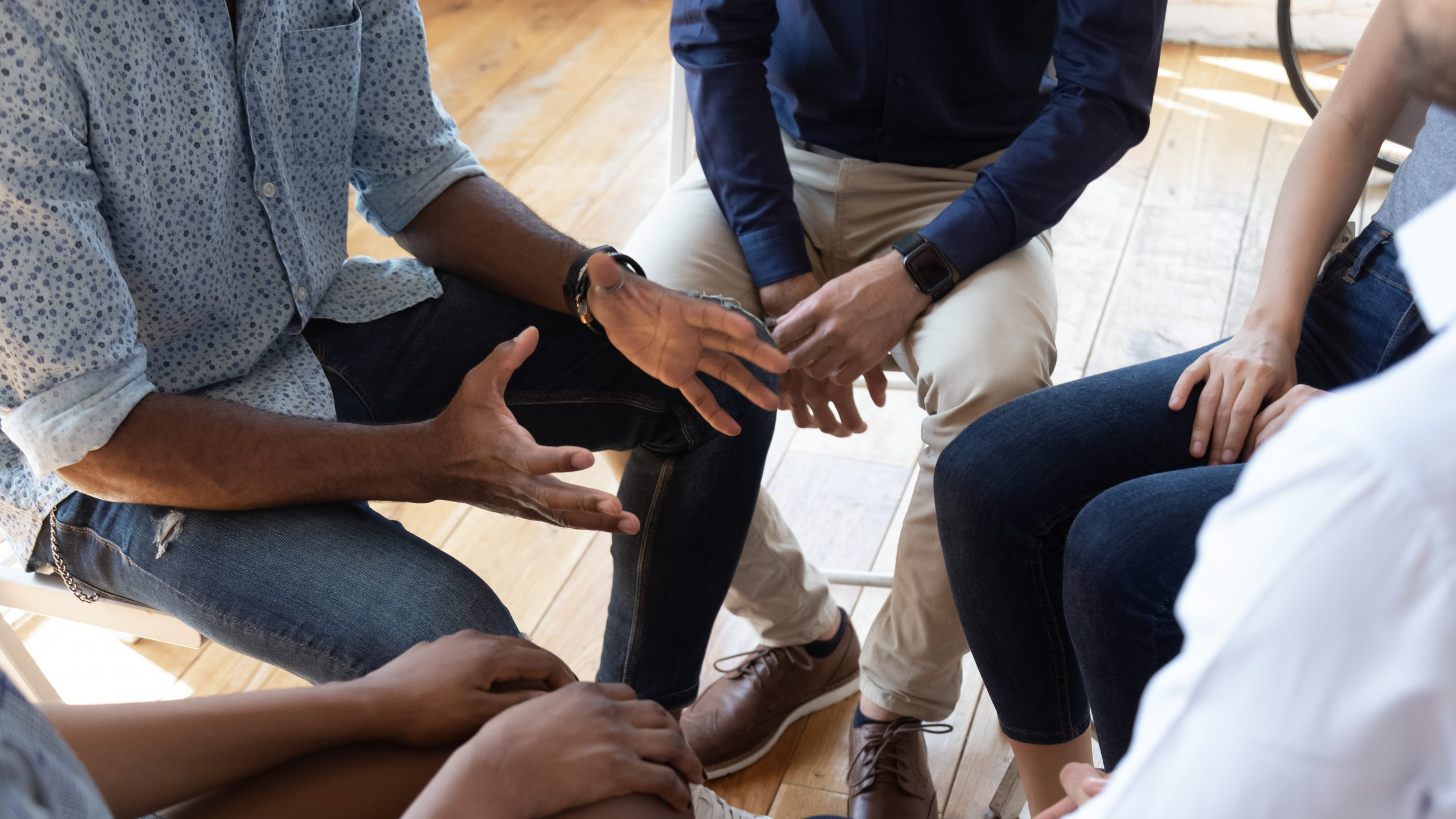 African,Man,Counselor,Therapist,Coach,Psychologist,Speak,At,Group,Counseling